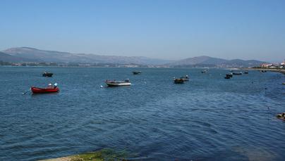 Blick auf den Hafen von Caminha