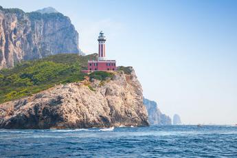 2. Tag: Sie wandern am Leuchtturm, am westlichsten Zipfel der Insel, vorbei