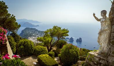 2. Tag: Bei dem Ausblick vom Monte Solaro wollen Sie vermutlich gar nicht loswandern...