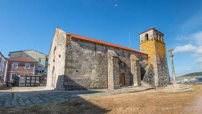 …und mittelalterliche Kirchen, wie die in Laxe, sehen Sie auch. Und wann kommen Sie hierher?