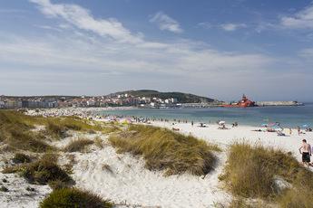 """Man könnte den Weg aber auch """"Wanderweg der herrlichen Stände"""" nennen, z. B. wegen dem Strand von Laxe"""