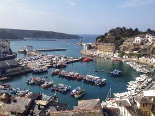 """Luarca, das größte und bekannteste Fischer-""""Dorf"""" an der spanischen Atlantikküste. Wer Fisch und Seafood mag, ist hier im Paradies."""