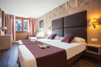 So wohnen wir: Ein beispielhaftes DZ in unserem Hotel Himalaia Soldeu