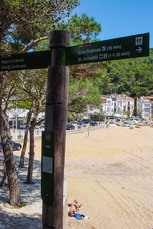 Nach etwa 1,5 Std. wird das schöne Strandbad Tamriú errreicht