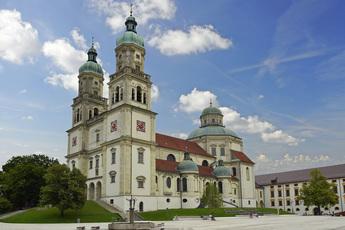 Die Basilika St. Lorenz im Zentrum des mittelalterlichen Kempten.