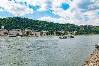 Der 3. Block startet in St. Goarshausen mit diesem herrlichen Blick auf St. Goar.