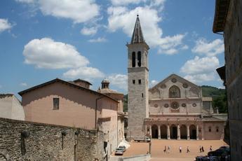 Auch die Altsatdt Spoletos samt Dom zählt zum UNESCO-Welterbe