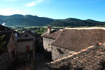 Das Dorf Hecho, Standort der 1. Woche