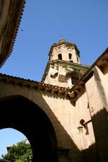Die Kirche von Puente la Reina