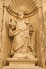 Statue des Namensgebers Jakobus