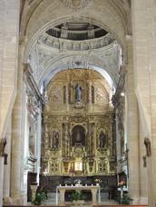 Innensincht der Kirche Santa María del Camino in Carrión de los Condes