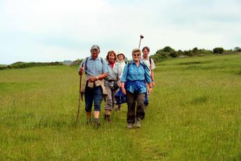 Block 5: Pilgergruppe auf dem Camino Norte in Galicien