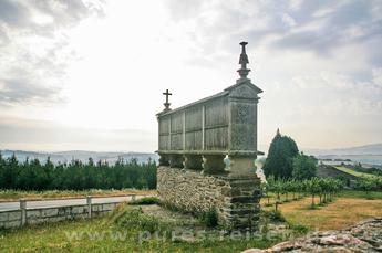 Ohne die Horreos (Kornspeicher) würde den Jakobswegen in Galicien etwas fehlen...